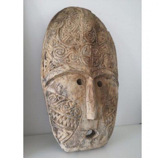 Masque bali traditionnel façonné en bois vieilli - vue profil