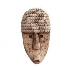 Masque-décoratif-en-bois-et-coquillage